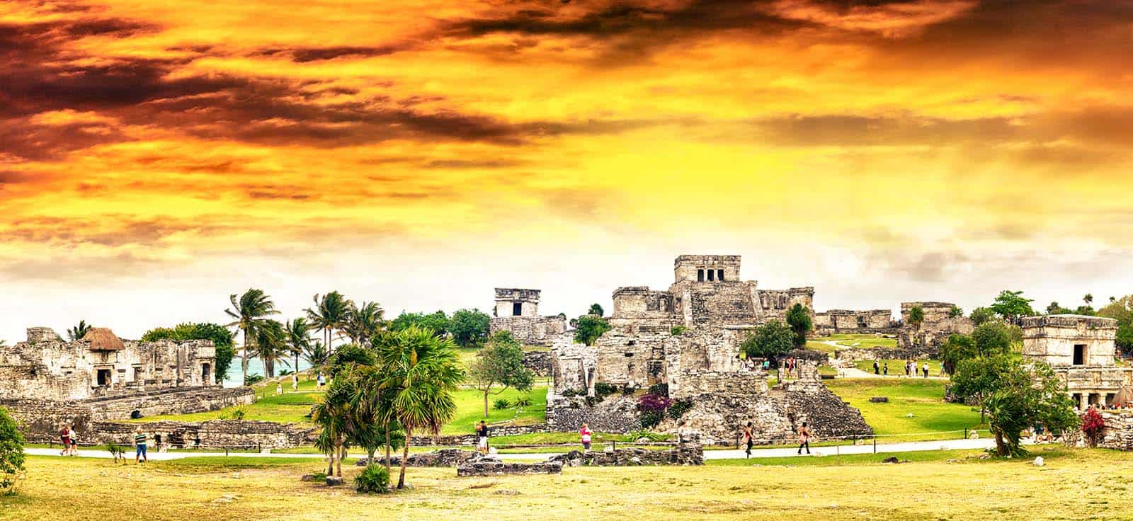 Things to do in Tulum, Mexico: Excursion to the Mayan ruins of Tulum