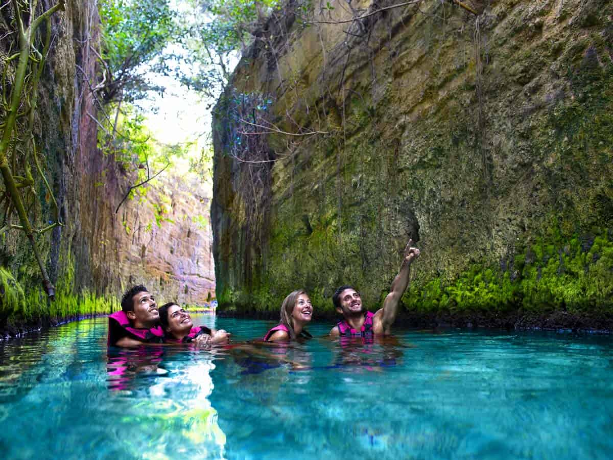 Things to doin Tulum, México: Activities in the underground river of Xcaret