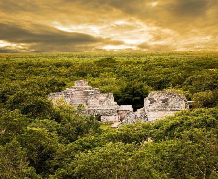 What to do in Cancun, Mexico - Excursion to the Mayan ruins of  Ek-Balam