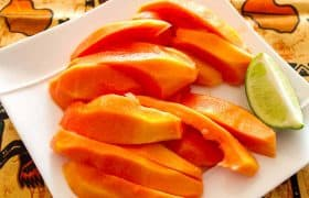 Mexican Cooking - Papaya for dessert
