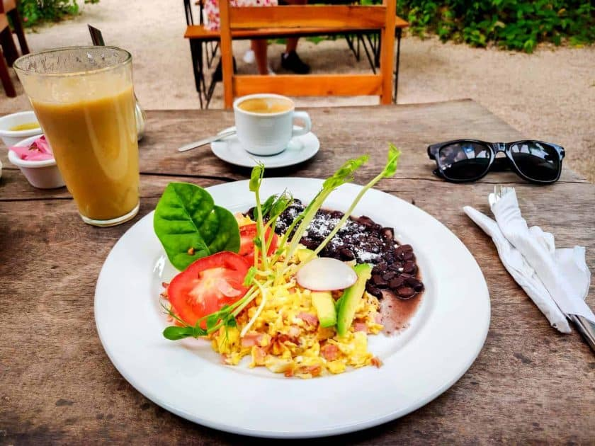 Mexican cooking: Breakfast