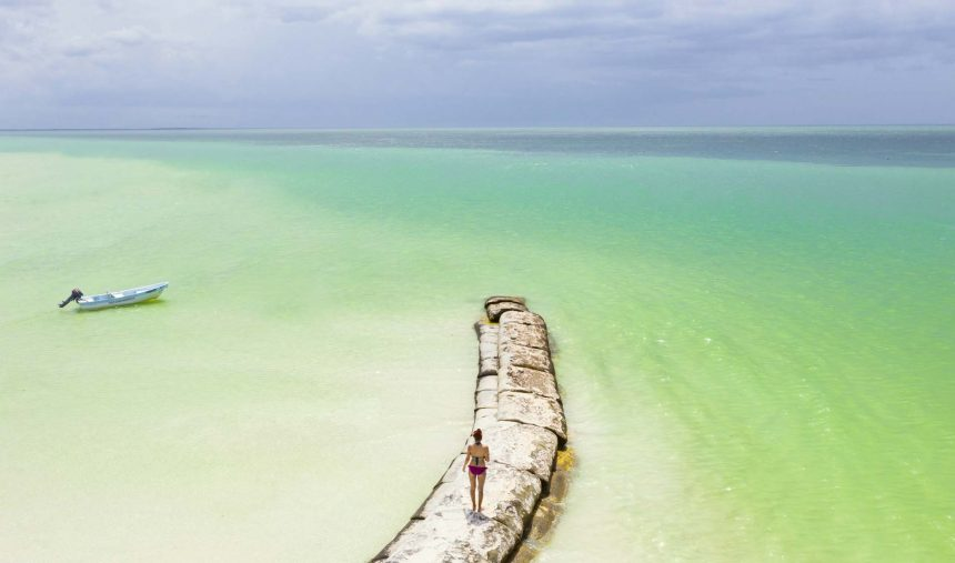 The best travel time for island Holbox, Mexico