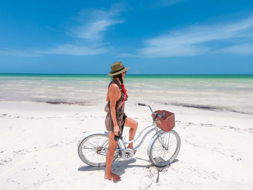 Discovering Holbox island in Mexico by bike