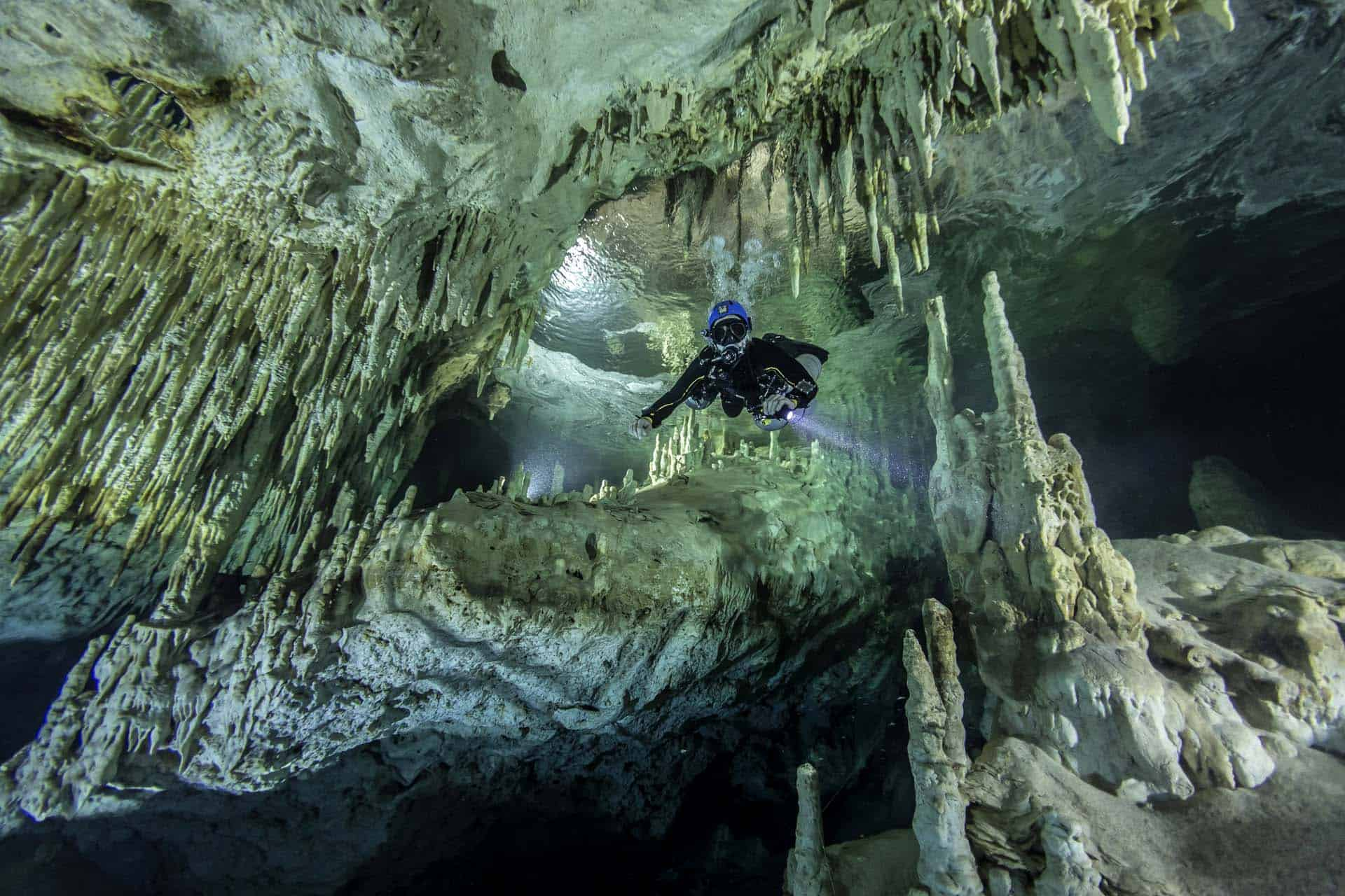 Cenotes nowadays - Scuba diving in the underwater caves